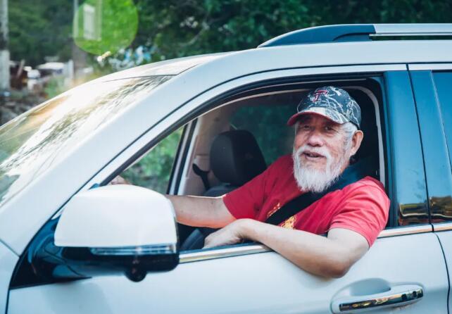 70岁,他再次开启自驾之旅,心中不老,青春常在!
