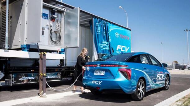 国产氢能源汽车亮相,不充电不烧油不拍冷,续航600KM